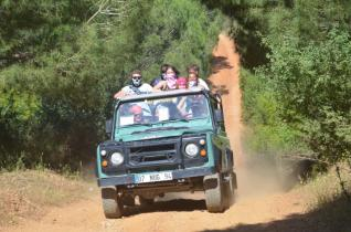 Jeep Safari Adventure tour at the Taurus Mountains