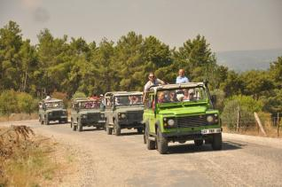 Jeep Safari at the Taurus Mountains Nature and Adventure