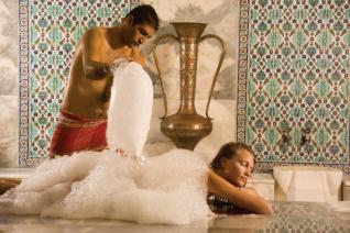 Refreshing and Relaxing massage at the traditional Turkish bath in Kemer